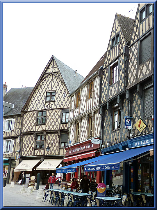 Bourges, maisons à pans de bois