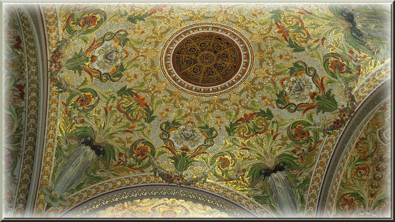 Aix Les Bains, casino Grand Cercle, mosaïque de la coupole du théâtre
