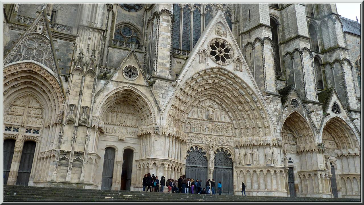 Bourges, cathédrale St-Etienne, les cinq portails