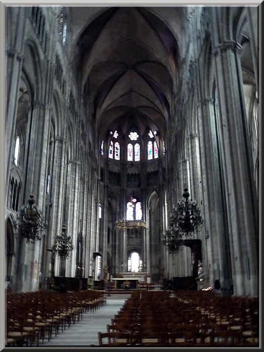 Bourges, cathédrale St-Etienne,nef