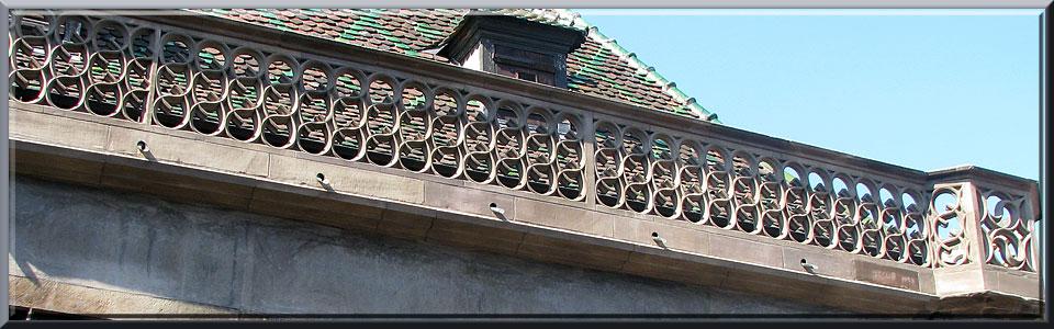Colmar, Koïfhus ou Ancienne Douane, balustrade en grès