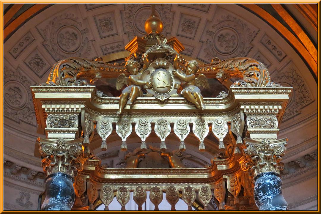Dôme des Invalides, baldaquin de l'autel de l'église du Dôme