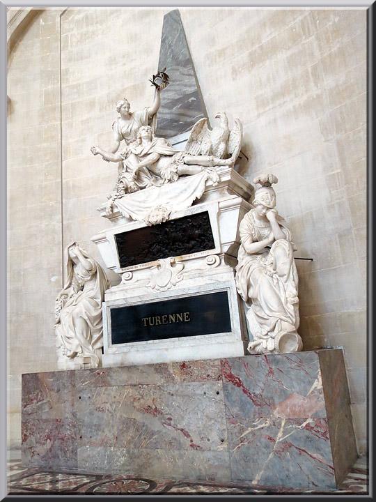 Dôme des Invalides, tombeau de Turenne