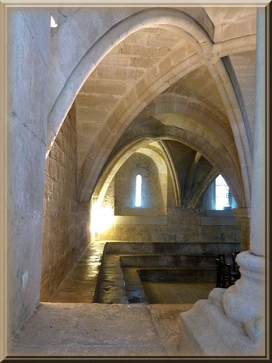 Abbaye de Sénanque, salle su chapitre