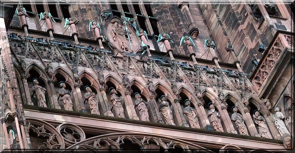 Strasbourg, cathédrale Notre-Dame, galerie des apôtres