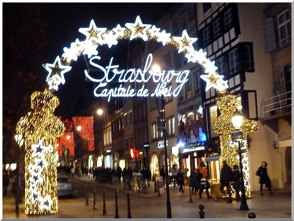 Strasbourg, Noël, porte des lumières