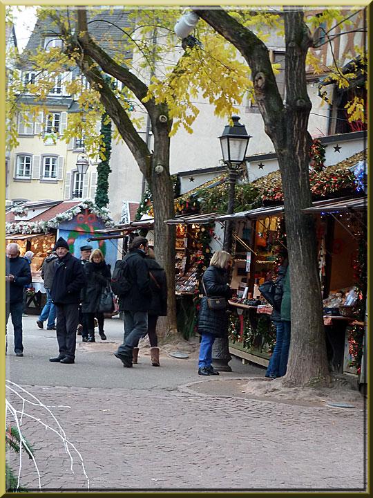 Colmar, Noël, place des Dominicains