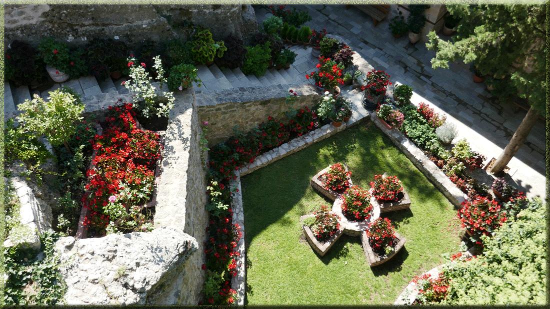monastère de Roussanou, Météores